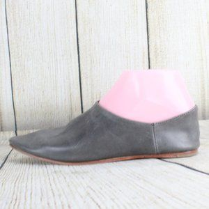 JEFFREY CAMPBELL Slip-on Pointed Toe Shoes Sz 6.5